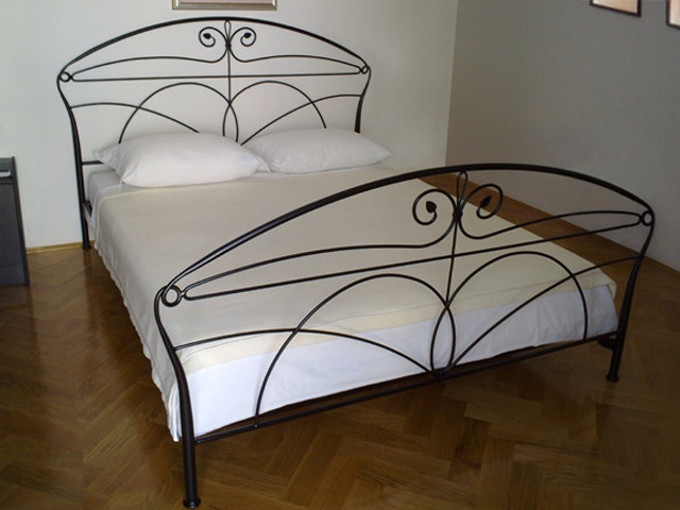 Wrought iron bed - No.3017