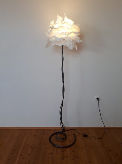 Wrought iron floor lamp with white paper krusning lampshade
